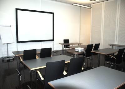 Krone Center Graz Seminarraum Pluto Schulbank